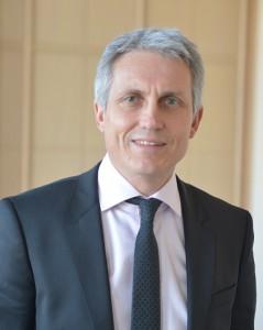 Joël BRUNEAU, maire de Caen